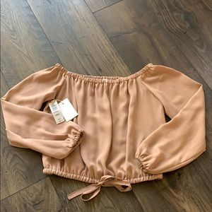WILFRED NWT Off the Shoulder Peach Crop Top Sz XS